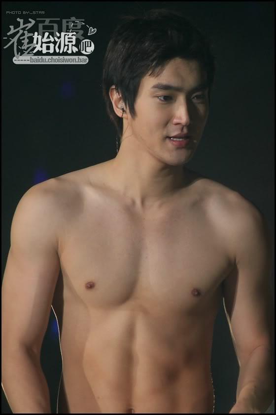 Siwon... shirtless... ;) | Choi Siwon | Pinterest
