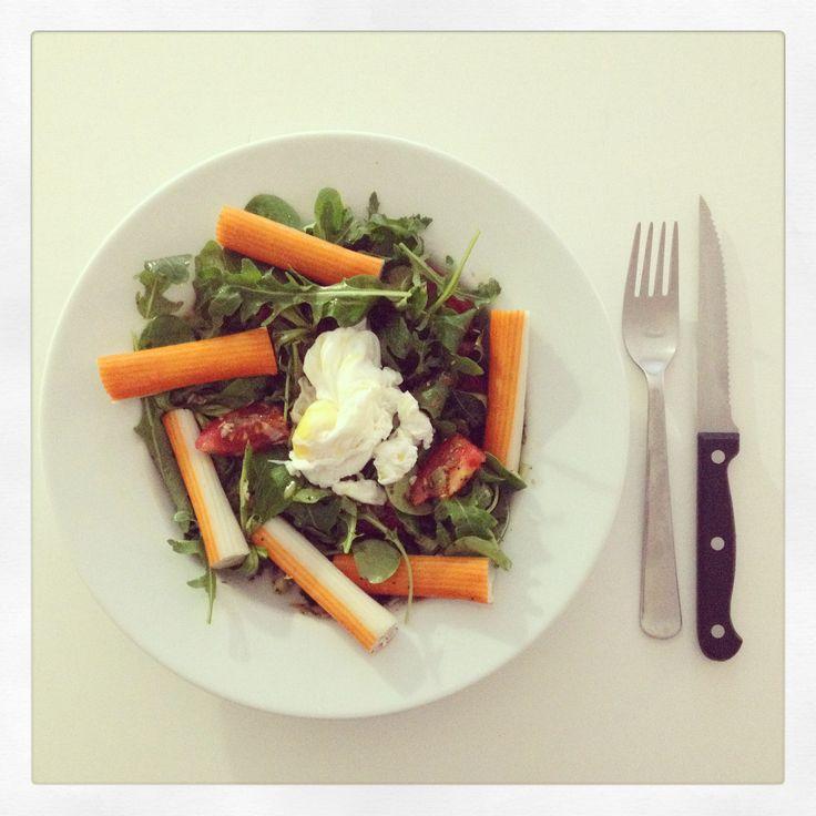 Salade d été - œuf poché - surimi