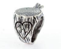 stump ring.... so cute!
