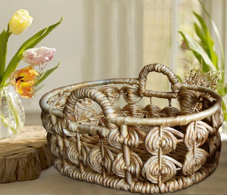 Product of An Anh, an exhibitor at LifeStyle Vietnam. Handmade basket.