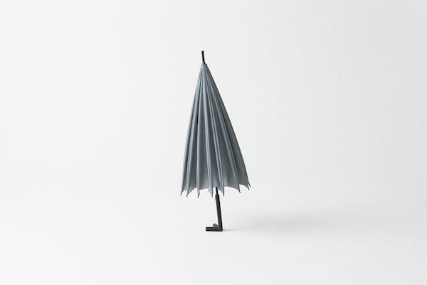 Ripensare oggetti comuni: Umbrella by Nendo
