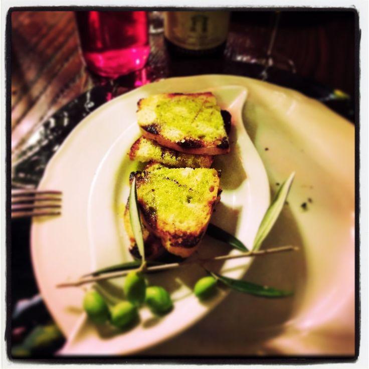 Bruschetta #olionuovo #newoil #olioflaminio #extravirgin #oliveoil #trevi #umbria