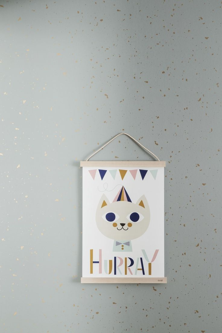 Nie wieder Klebestreifen! Mit der Ferm Living Wooden Frames Posteraufhängung ist die Befestigung kein Problem mehr. :)