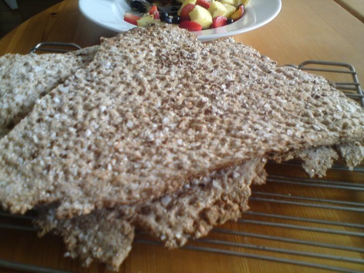 Sweet Treats: Knäckebröd med bovete och dinkel