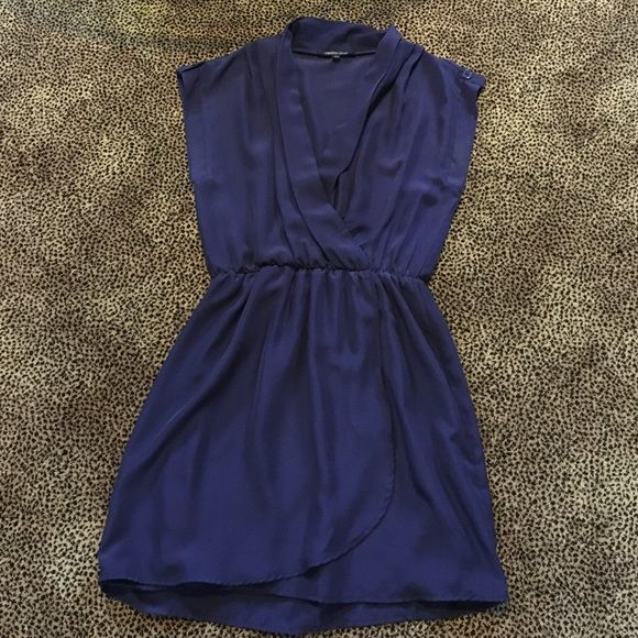 Navy dress ⚜No PayPal, No Trades.                                  ⚜All serious offers will be considered through the OFFER button.                                    ⚜Discounts on bundles.                                   ⚜All items are AVAILABLE unless otherwise marked.                                                                 ⚜All items are USED unless otherwise marked. Crimson Coast Dresses