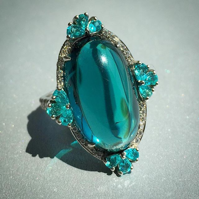 Amazing indicolite tourmaline ring by @campbellian_collection is the most exquisite teal.