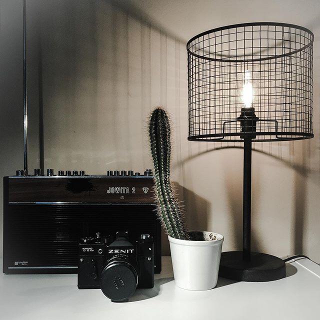 🌵 📸 📻 💡 ➡️ @miolighting  #design #lamp #lampa #lights #zenit #zenitttl #unitra #cactus #madeinpoland  #vsco #vscocam #dobrebopolskie #inspiration #polscyprojektanci #interiordesign #passion #decoration #światło #trojmiasto #gdansk #gdynia #sopot