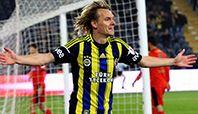 Sarı-lacivertlilerle sözleşmesi devam eden fakat kadroda düşünülmeyen oyuncuya talipli de çıkmazken 29 yaşındaki futbolcu yönetimden yardım istedi.