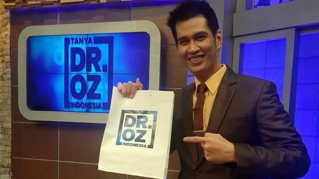 Saat tubuhnya melemah Ryan Thamrin Dr. Oz Indonesia menolak untuk berobat karena ogah repotkan keluarga