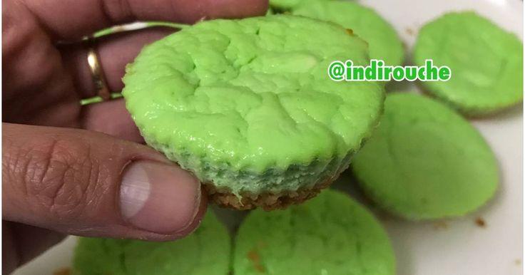 Resep Keto Pandan Cheesecake Muffins favorit. Ini bukan srikaya lhooo, bener ! Ini adlh perpaduan American Classic Cheesecake dan aroma pandan khas Indonesia . Hasilnya ? Rasa cheesy pandannya lumer di mulut...