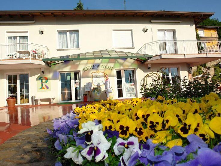 Apartment Piccola Italia Resort – Tremosine Sul Garda for information: Gardalake.com
