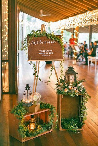 Searching for something unique to decorate the altar of your wedding ceremony? Look no further than this charming greenery! When paired with dripping vines and gorgeous flowers, your big day will be as special as it is stylish.