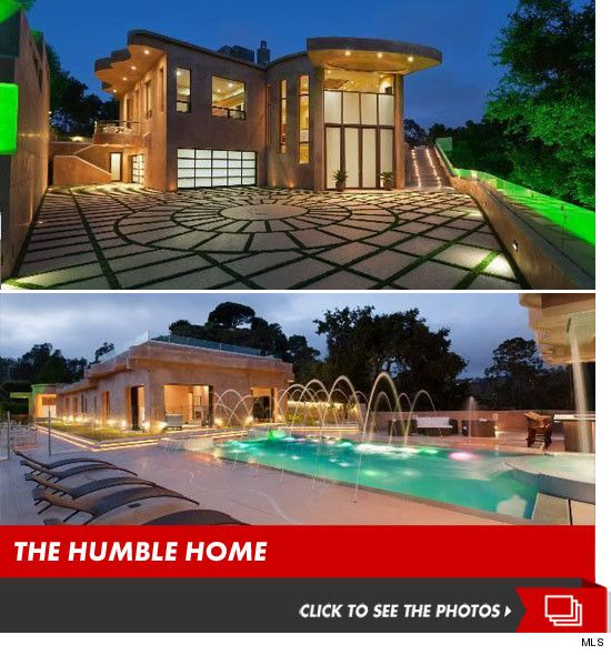 Rihanna Drops $12,000,000 On Non-Leaky L.A. Mansion