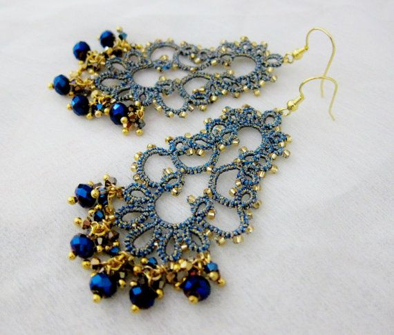 tatted lace earrings tatting metallic gold blue por BeadBlizz