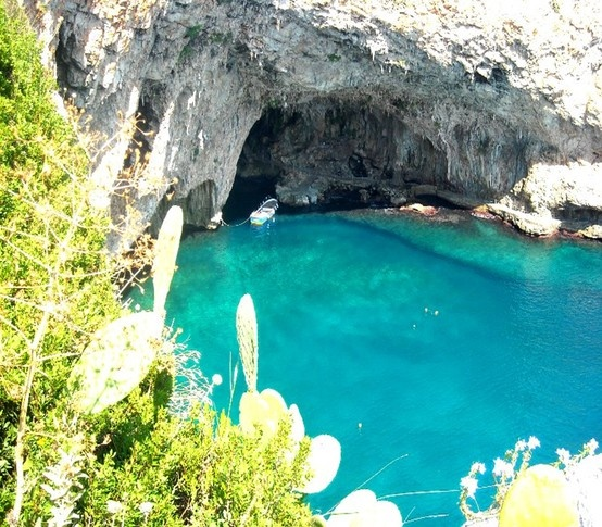 Grotta di Zanzulusa