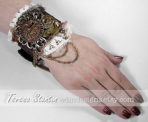 Pretty - textile+cuff%2C+mixed+media+wearable+art%2C+industrial+cuff%2C+steampunk+wrist+cuff