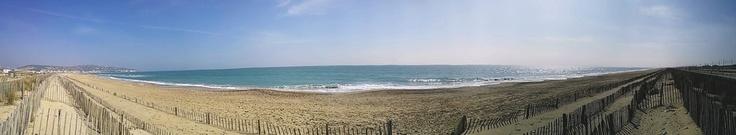 Sète, une plage de sable fin pour vos vacances dans l'Hérault : http://www.herault-location-vacances.com/tourisme/sete.html