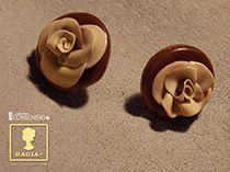 Růže z čokoládového království, pralinky - růže z dvoubarevné čokolády