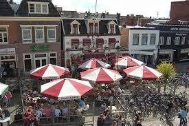 Hier heb ik mijn eerste horeca ervaring opgedaan, Biercafé 't Pleintje in Hengelo. Veel ervaring opgedaan op hun grote terras en echt in aanraking gekomen met de verschillende bieren. Toen stonden ze al in de café top 100, en inmiddels zelfs op nummer 7!