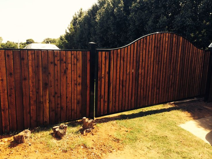 Best 25 automatic driveway gates ideas on pinterest for Motorized driveway gate price