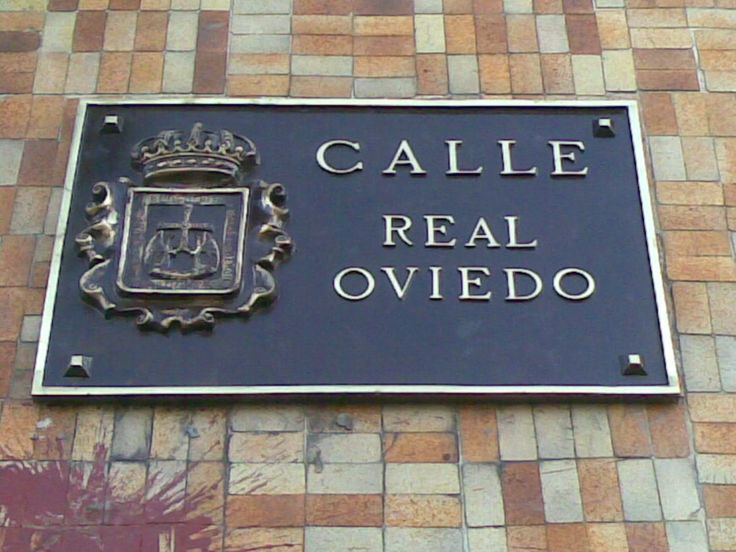 Calle Real Oviedo