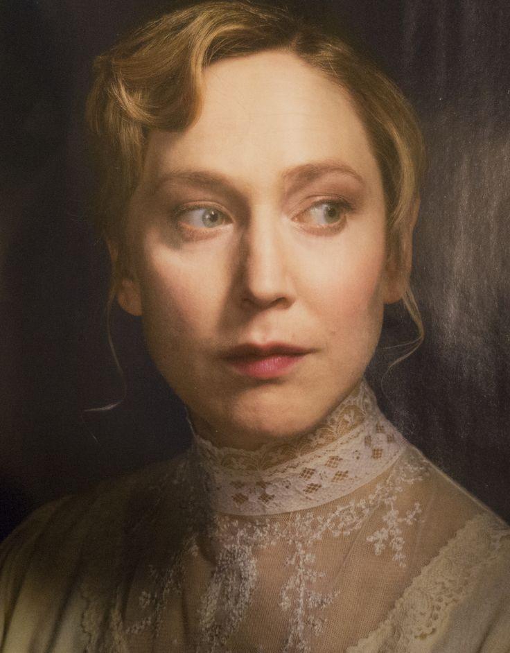 Hattie Morahan by Grant Cornett