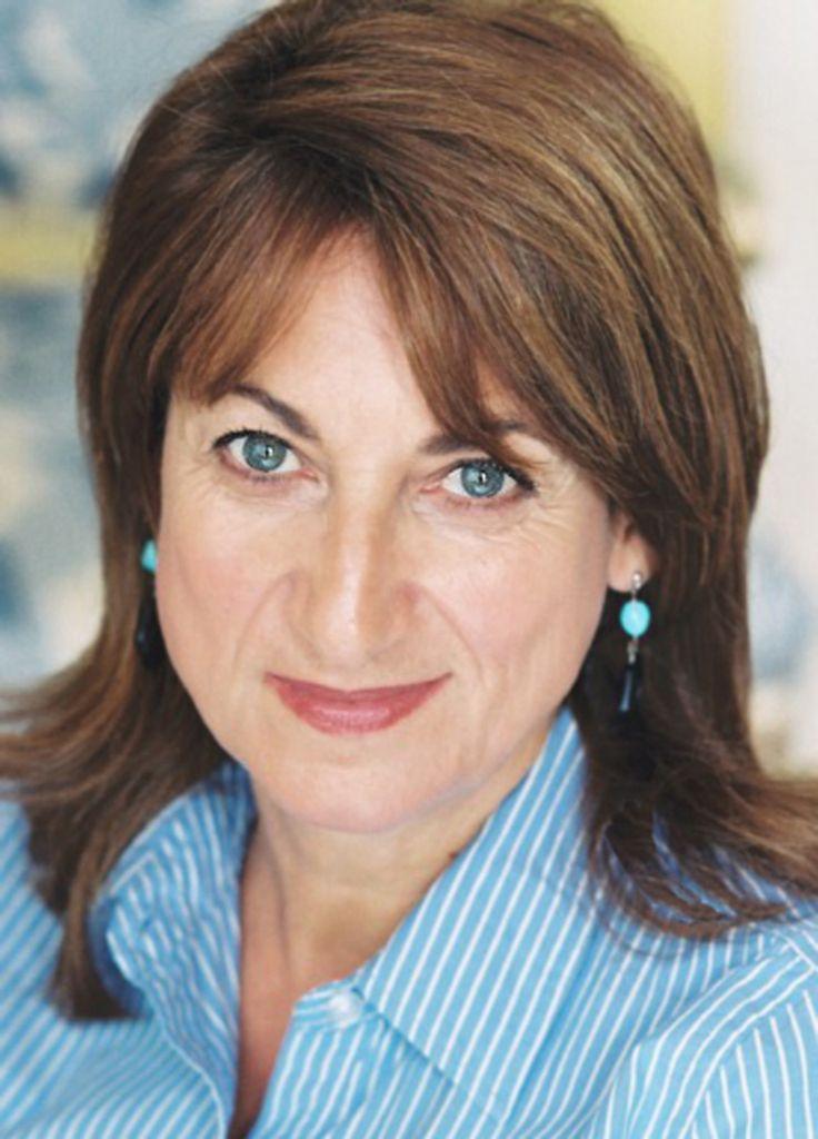 "Loretta Napoleoni, author of ""Maonomics,"" ""Rogue Economics,"" ""Terror Incorporated,"" ""Terrorism and the Economy,"" and ""10 Years That Shook the World"""