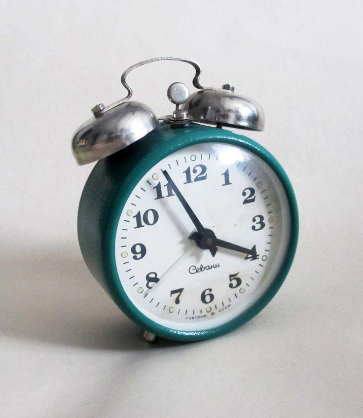 Retro Green Alarm Clock, Working Metal Alarm Clock Sevani, Soviet Mechanical Alarm Clock, Mid Century Desk Clock, Farmhouse Decor by USSR70s on Etsy