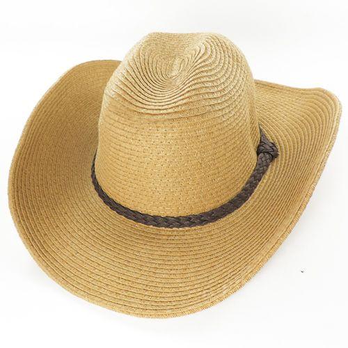 Palarie cowboy de vara cu boruri modelabile bej  O palarie cowboy de vara este un accesoriu nelipsit pentru domnii care fac activitati in aer liber. Palaria are montata sarma in cusatura borului, asa incat puteti modela borul acestei palarii cowboy dupa cum doriti, pastrand totodata tinuta palariei din paie. Tocmai acest detaliu face ca aceasta palarie sa fie foarte versatila si sa poata fi purtata pentru a proteja de soare pe toata suprafata borului.    Palaria este prevazuta cu banda…