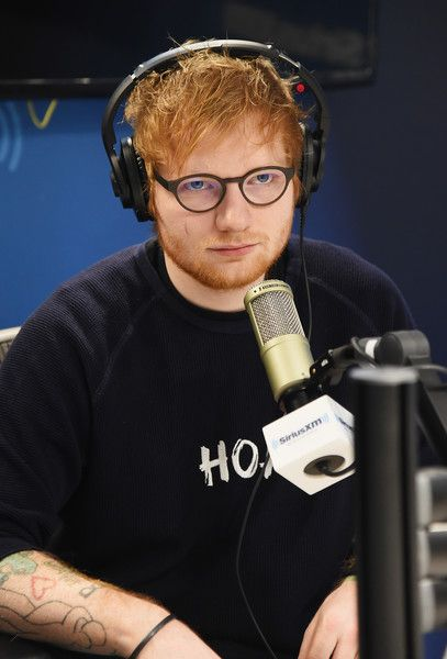 Ed Sheeran Photos - Musician Ed Sheeran visits SiriusXM Studios on January 13, 2017 in New York City. - Celebrities Visit SiriusXM - January 13, 2017