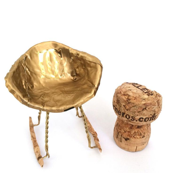 """Sunday marks day one of the #dwrchampagnechair contest! Use up to two corks to design your award winning chair. Tipsi team member @incorrigibell put this…"""