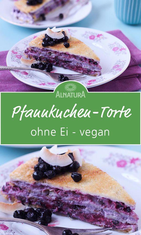 Zum Geburtstag mal eine ausgefallene Torte? ❤ Dann probiere mal die Pfannkuchen-Torte. Petterson backt sie jedes Jahr für seinen Kater Findus zum Geburtstag. Das beste ans unserer Torte ist, dass sie ganz ohne Eier auskommt.  #Alnatura #Pfannkuchen #Torte #ohneei #vegan #keineeier #Rezept