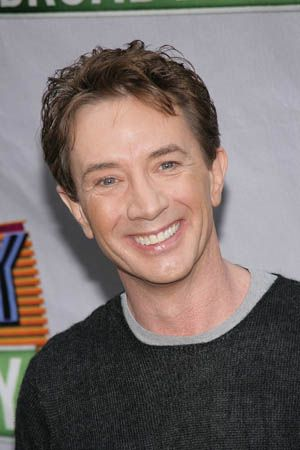 Martin Short (1950) was born in Hamilton, Ontario. He is a Canadian-American actor, comedian, writer, singer and producer. He is best known for his comedy work, particularly on the TV programs SCTV and Saturday Night Live. He starred in such comedic films as Three Amigos, Father of the Bride and created the characters of Jiminy Glick and Ed Grimley.
