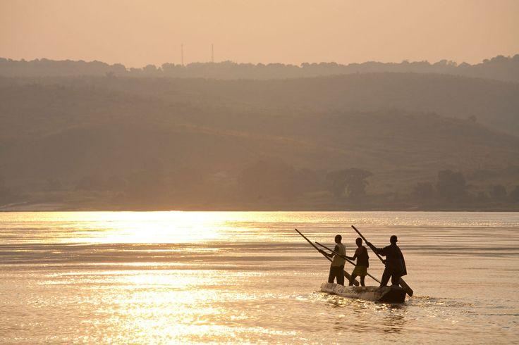 Río Congo (África) - Con más de 230 metros de profundidad, el Congo es considerado el río más profundo de la Tierra y el segundo con mayor volumen. En su nacimiento, las aguas son mansas y tranquilas, pero no hay que fiarse. Más adelante, el río -también conocido como Zaire- se vuelve más turbulento, lleno de cortes, cañones y traicioneros rápidos que forman lo que se conoce como la 'Puerta del Infierno'.