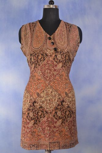 Warm Paisley Tunic, Elegant smart warm tunic, Turtle neck t-shirt can be worn under this warm tunic.