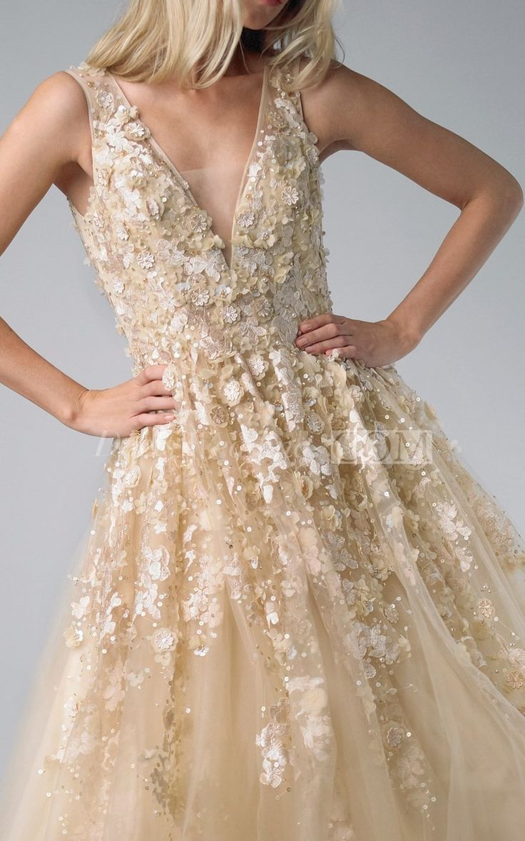 The 261 best Prom Dresses for Busty Girls images on Pinterest | Prom ...