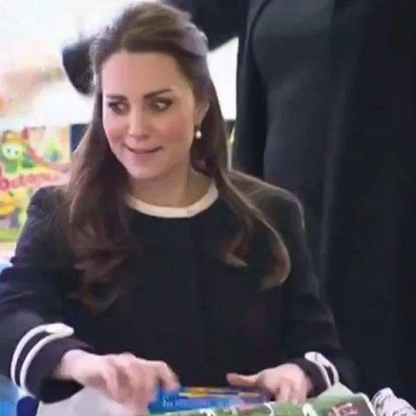 Kate Middleton Seriously Rolls Her Eyes at a Pesky New Yorker...and It's the Best Thing You'll See All Day: Watch!  Kate Middleton, Eye Roll: