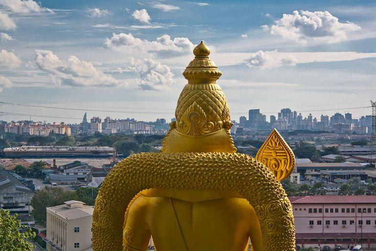 Фото стран народов мира - Малайзия. Пещеры Бату — индуистский храм