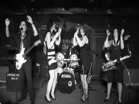 Soul Desire at www.souldesire.co.uk - Information On bands entertainment. https://youtu.be/6TBtm2pH3gQ