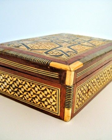 jewelry-vintage-box-fildişi-μπιζουτιέρα-case-retro-red-velvet