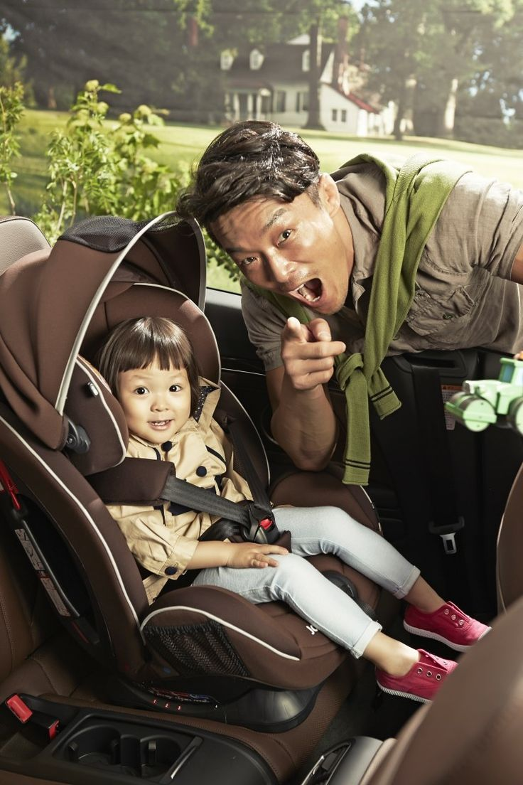 Choo Sarang with Papa Choo Sung Hoon, scores a new CF! It's exclusive model contract with UK premier car seat brand Joie