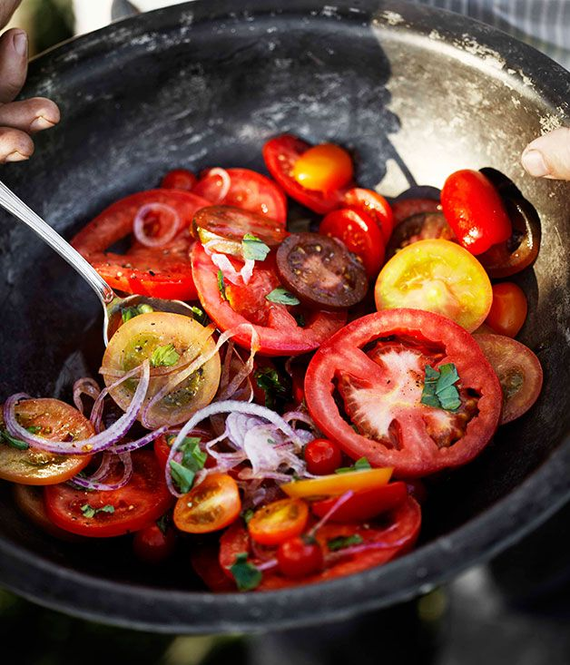 Simple tomato and onion salad with vincotto dressing