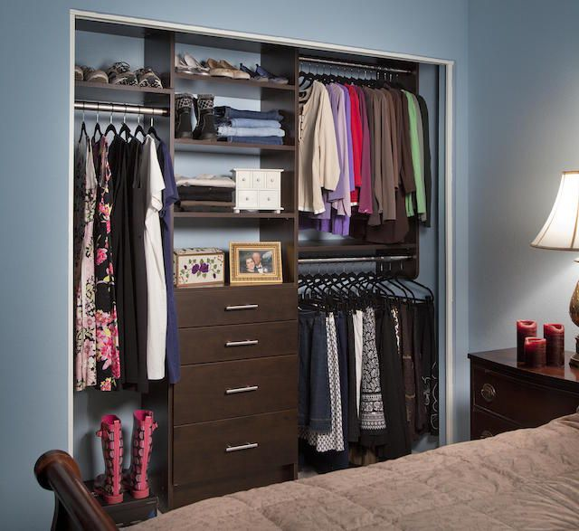 Custom Closet Ideas Designs: 25+ Best Ideas About Reach In Closet On Pinterest