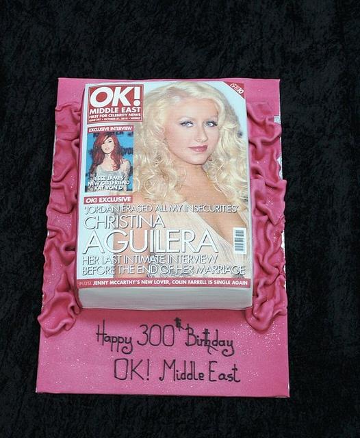 magazine cake   Nerdy wedding cakes, Book cakes, Nerdy wedding