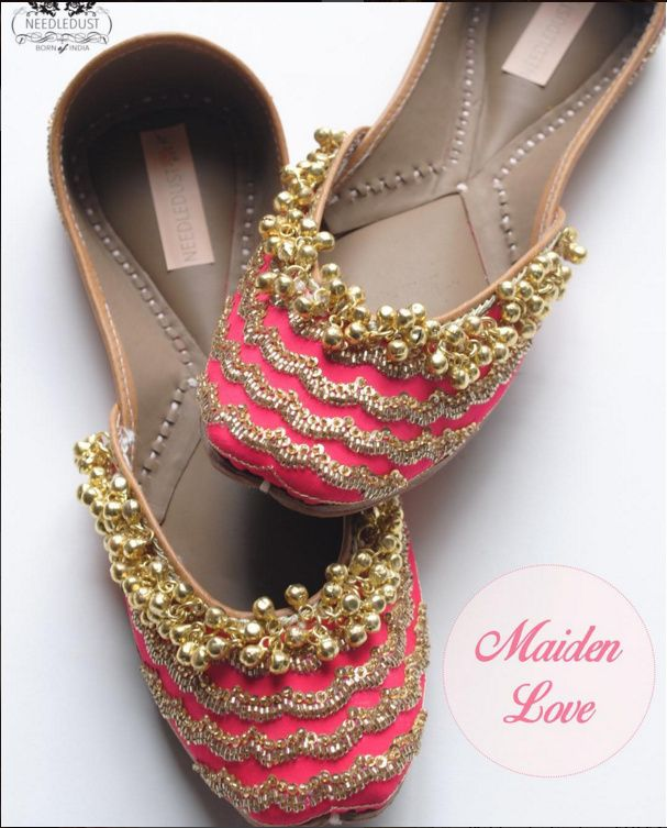 #Needledust sells genuine leather juttis that can easily be twisted in hand. All their #mojaris are hand embroidered and hand sewed, making them unique and quite valuable works of art.