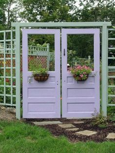 Recycled doors garden & 44 best images about Recycled on Pinterest | Gardens Solar ... Pezcame.Com