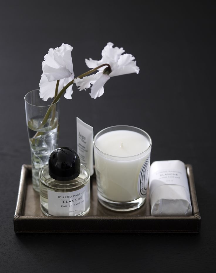 Piet Boon Styling by Karin Meyn | Flowers are nice to place in your bathroom with a scented candle and soap