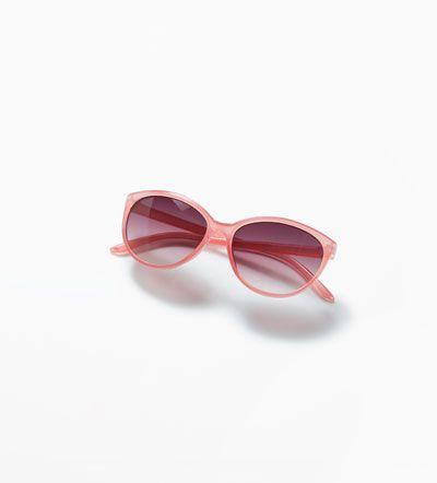 Dark sunglasses