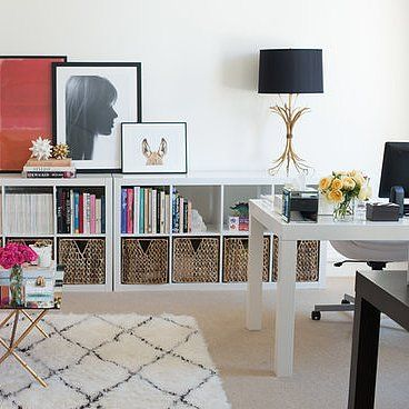 Your Guide to a Stylish Office SpaceDecor, Ideas, Offices Inspiration, Pink Sofas, Pink Couch, Offices Spaces, Livingroom, Living Room, Home Offices