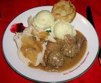 À la soupe!: Ragoût de pattes de porc et de boulettes! (Recette typiquement québécoise de Jehane Benoit). Je la cuisine depuis des années et c'est la meilleure!!!